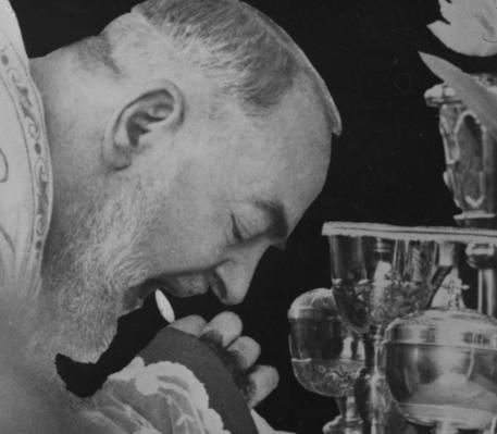 Padre Pio torna a Pietrelcina dopo 100 anni