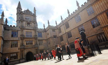 Confermate agevolazioni e borse di studio agli studenti europei in Gran Bretagna