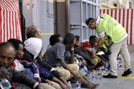 Salvini: cure diritto di tutti ma immigrati hanno record Tbc e scabbia