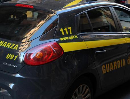Corruzione, 7 arresti Ist.Tumori Napoli