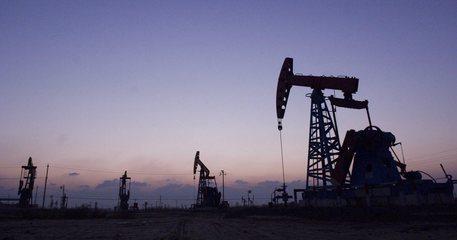 Greggio, prezzi scivolano su prese profitto dopo accordo Opec su taglio produzione