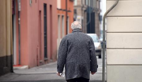 Istat: L'Italia invecchia, oltre metà della popolazione over 45
