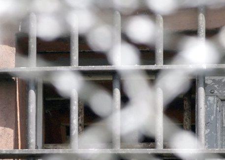 Duplice omicidio a Barletta, madre e figlio condannati all'ergastolo