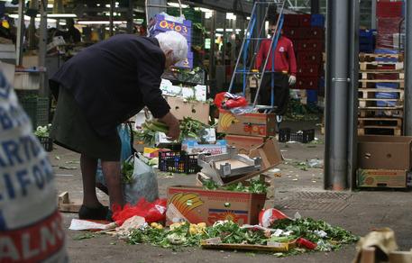 Istat: disagi economici per 14,6 milioni di individui © ANSA