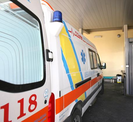 Chiavetta usb esplosiva: ferito agente di Polizia a Trapani$