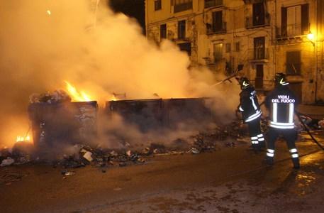 Spazzatura, nuova emergenza roghi a Palermo$