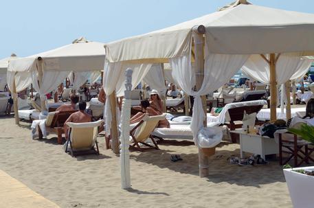 Forte dei Marmi, ci sarà drone-bagnino - Cronaca - ANSA.it