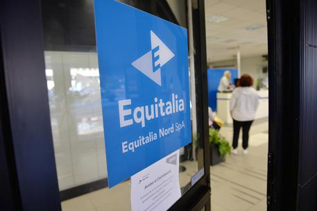 An office of Equitalia (foto: ANSA)