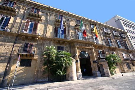 Finanziaria Sicilia, tagli per 244 milioni$