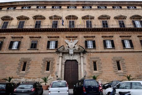 M5S chiede taglio dei vitalizi agli ex Ars$