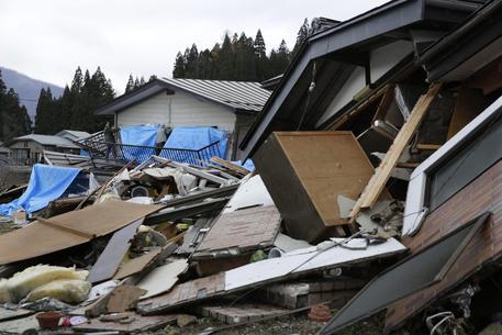 Forte terremoto in Giappone: feriti e danni