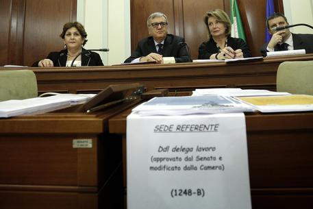 Jobs act ok rapido commissione senato marted in aula for Commissione lavoro camera
