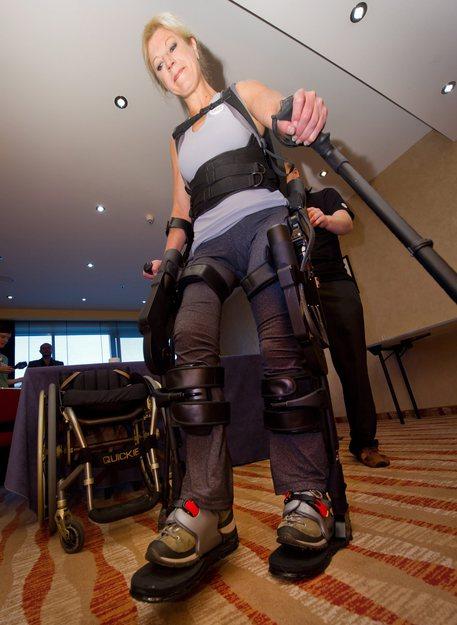 Esoscheletri Un Sogno Per I Paraplegici Puglia