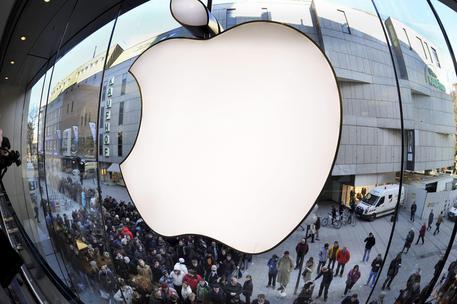 Apple e Samsung: l'Antitrust apre indagine per pratiche scorrette