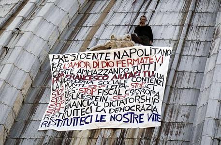 Imprenditore sale su cupola San Pietro, la 4/a volta (foto: ANSA)