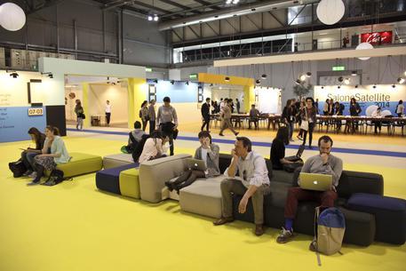 Al salone del mobile tendenza pauperismo lombardia for Salone veneto del mobile