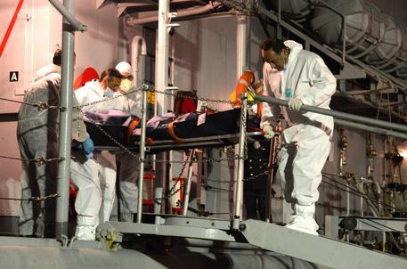 Naufragio al largo Lampedusa, arrestati due presunti scafisti$