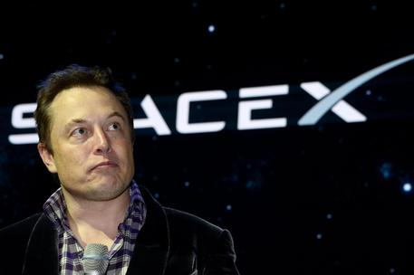 SpaceX: più di 4.000 satelliti per portare Internet ovunque