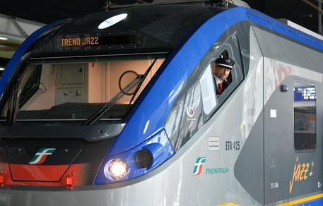 Trasporti, arrivano i treni 'Jazz': consegnati i primi due modelli