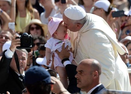 Papa Francesco visita il Molise (foto: ANSA)
