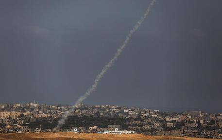 Gaza: razzo sparato da nord Striscia verso Israele