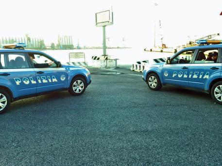 Stalker donna ad Ancona: minaccia uomo con spada, arrestata