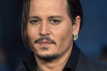 Usa 2016: Johnny Depp fa Trump, il film comico