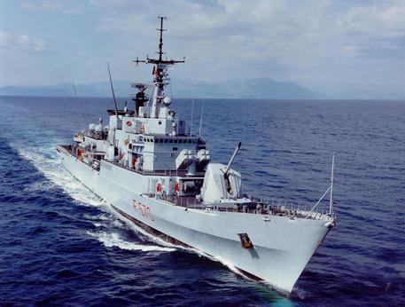 La nave maestrale le foto di ieri e di oggi cronaca - Nave portaerei ...