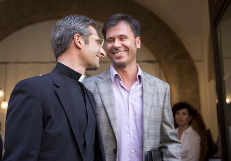 papa incontra coppia gay Trani