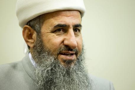 Terrorismo, niente estradizione dalla Norvegia per il mullah Krekar: già scarcerato