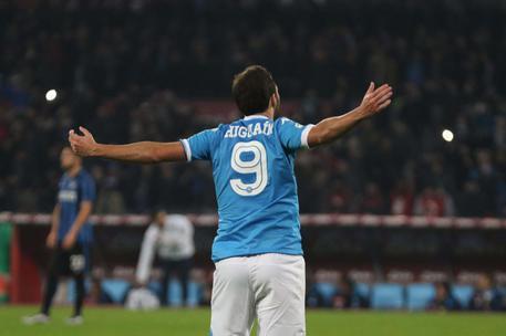 Napoli-Inter 2-1, azzurri in vetta D02956ccb152b28c5c9a6bf7a50eb9f6
