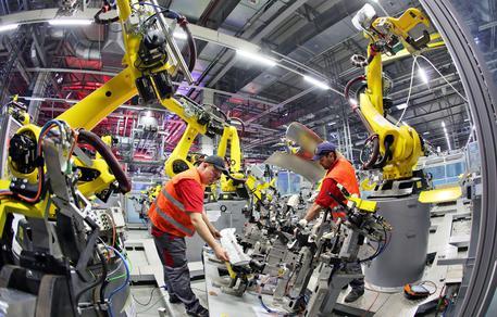 Italia, ferma la produzione industriale a marzo