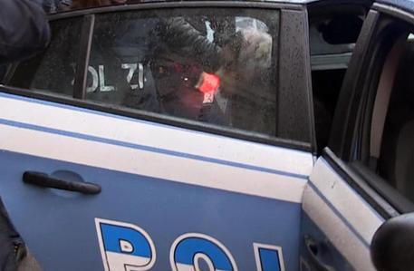 Palermo, folla difende banditi dopo una rapina: un arresto