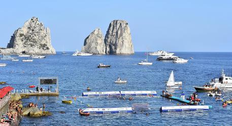 Turismo: a Capri è boom di stranieri - Campania - ANSA.it