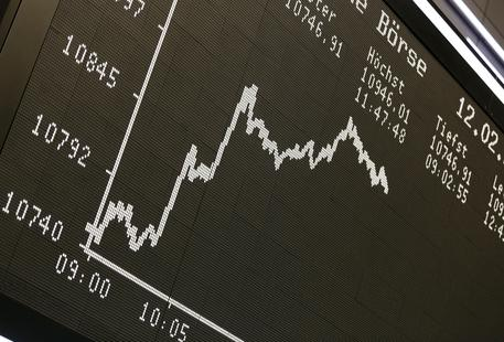 b1b7dd1b06 Borse Europa positive in apertura. Parigi (+0,5%), Milano (+0,7%) e  Francoforte (+0,4%)