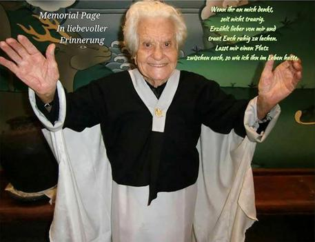 E' morta la nonna di Facebook, Zuckerberg le dedica un necrologio A1109b67ab5f3d26c471ad09d37a7ab4