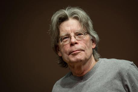 Stephen King bloccato da Trump su Twitter:
