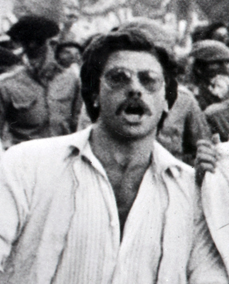 Corteo in ricordo di Francesco Lorusso: slogan contro Merola e Ubertini