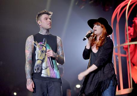 Musica: Fedez, satira e ironia in debutto al Forum © ANSA