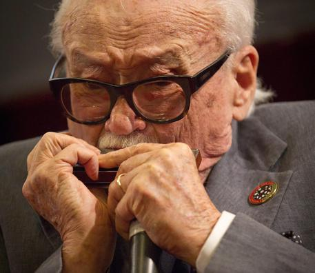 Morto Toots Thielemans, padre dell'armonica jazz