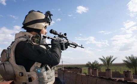 Iraq: cecchino uccide da 3,5 km distanza