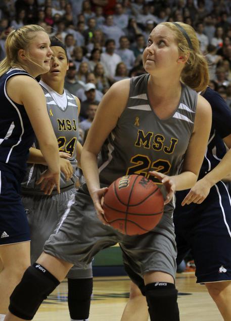 Il basket dice addio a Lauren Hill, il canestro l'ultimo sogno