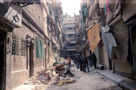 Siria, Osdh: quasi 10mila civili sono fuggiti da Aleppo est