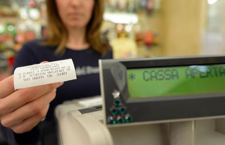 Iva, allarme Confesercenti: con l'aumento crollo dei consumi per 8,2 miliardi