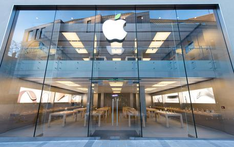 Apple fa dietrofront sulla tv via web © ANSA