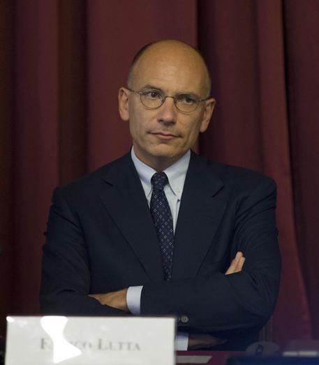 Enrico Letta Twitter: Italicum, Letta: Renzi Eviti Le Macerie