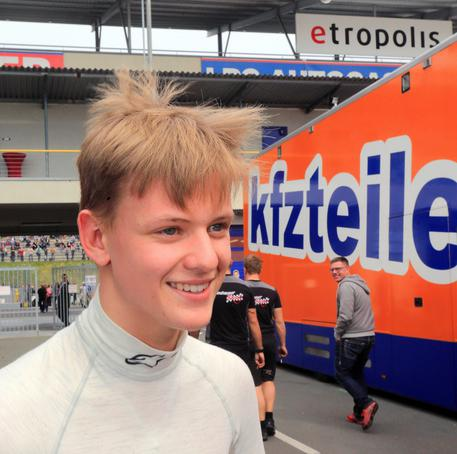 Misano, Mick Schumacher vince la sua prima gara in F4