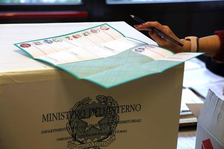 Foto d'archivio di operazioni di voto © ANSA