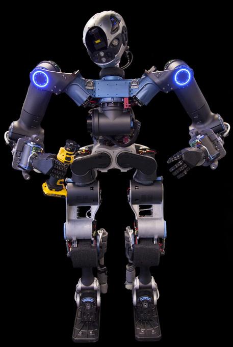Pronto Walkman, robot umanoide che usa il trapano e guida