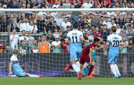 Serie A: Lazio-Roma 1-2 0b7af19d1aa9e9ecb01b22ec9e467e18
